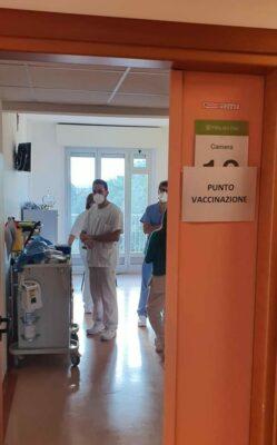 punto-vaccinazione-villa-pini-e1610043237706-249x400