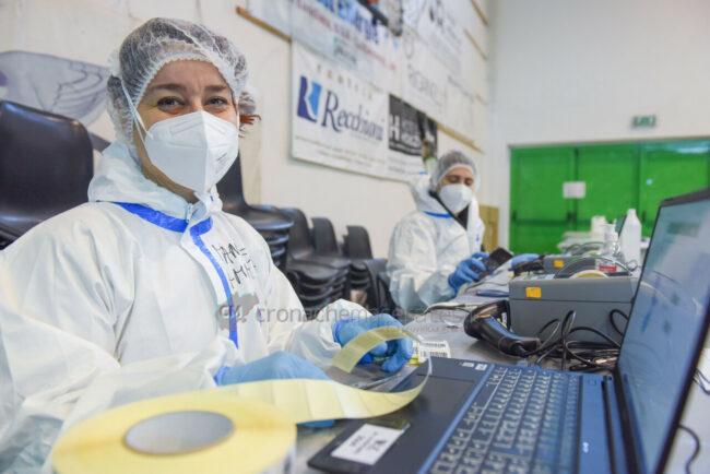 tamponi-covid-screening-di-massa-palarisorgimento-civitanova-FDM-2-650x434
