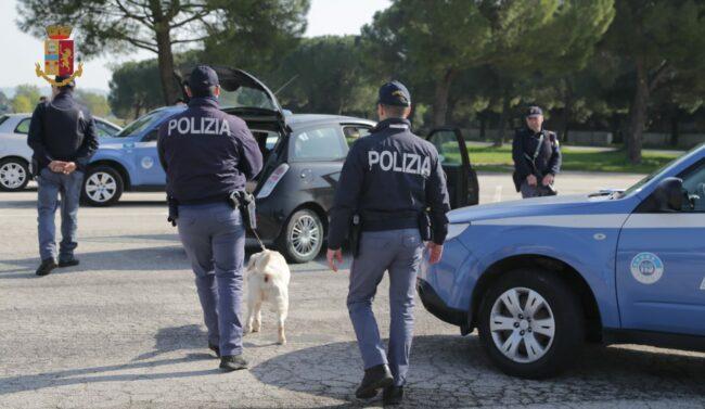 operazione-polizia-arresto-nigeriani-spaccio-eroina-3-650x377