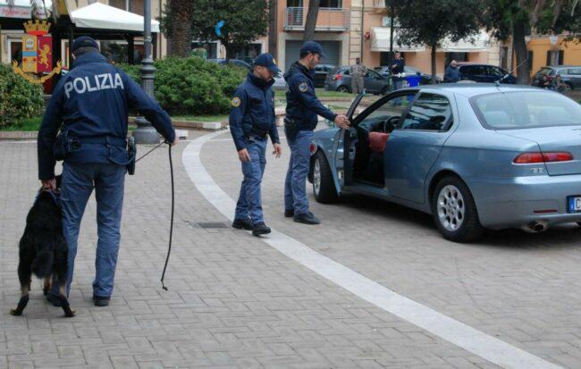operazione-polizia-arresto-nigeriani-spaccio-eroina-7-650x413