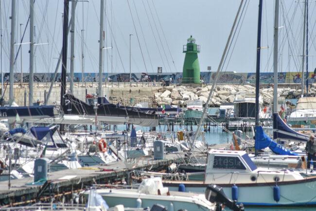 vista-panoramica-area-portuale-porto-di-civitanova-FDM-6-650x434