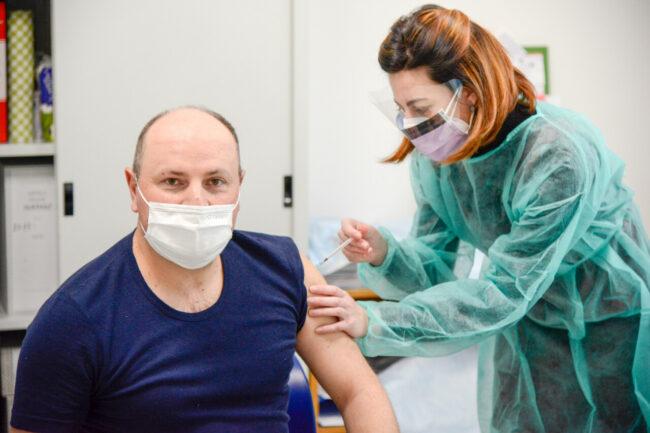 Vaccinazioni_ForzePolizia_FF-3-650x433