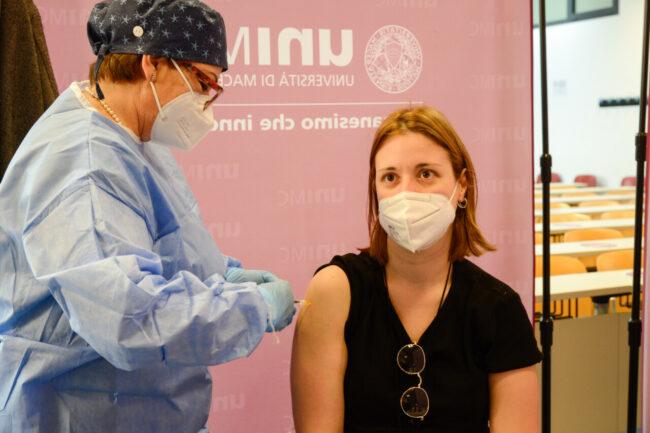 Vaccinazioni_Unimc_FF-9-650x433