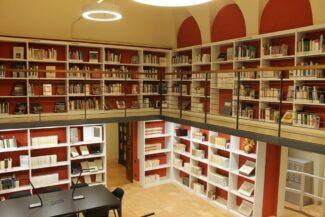 antica-sala-lettura-biblioteca-mozzi-borgetti