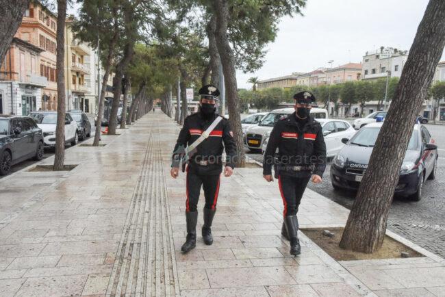 zona-rossa-marzo-2021-carabinieri-piazza-xx-settembre-civitanova-FDM-3-650x434