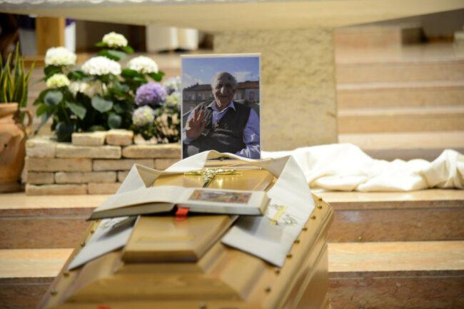 DonCarlo_Salesiani_Funerale_FF-4-650x433