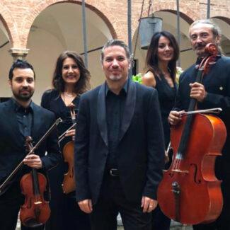 Eclaire-Alternative-String-Quartet-e-piano