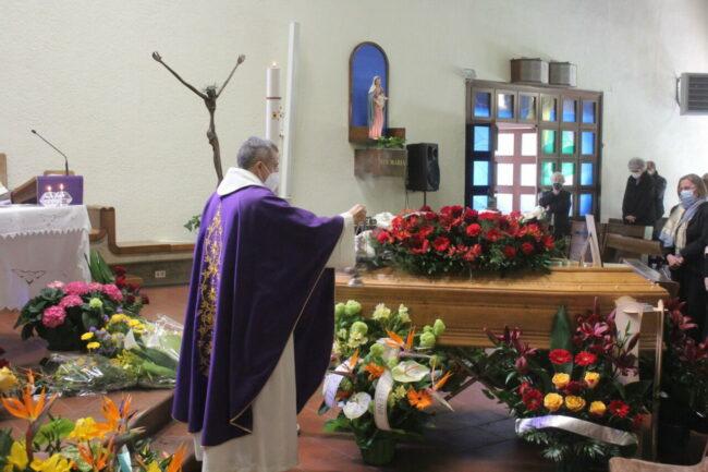 Funerale-Sandro-Angeletti-7-650x433