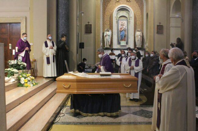 Funerale-carnevale-1-650x433