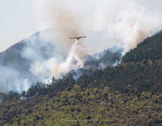 Incendio-Valcimarra-Caldarola-1-650x505