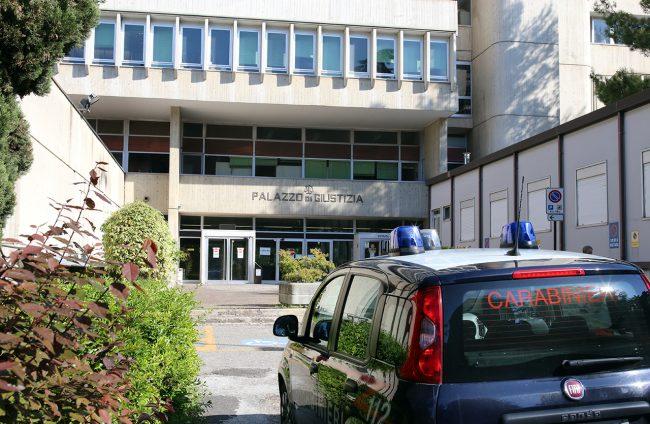 Tribunale-Macerata_foto-LB-4-650x424-1