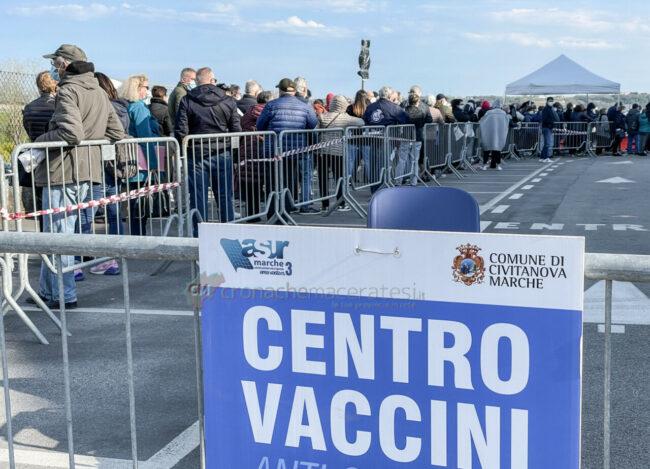 centro-vaccinale-civitanova-FDM-6-650x469
