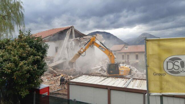 demolizione-ex-istituto-professionale-camerino-1-650x366