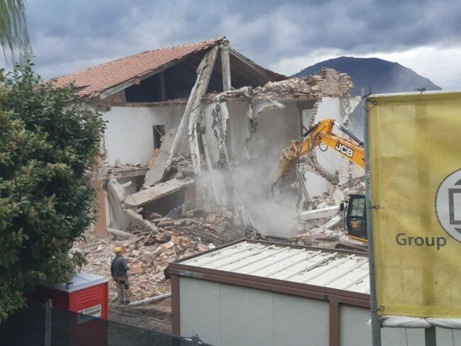 demolizione-ex-istituto-professionale-camerino-2-650x488