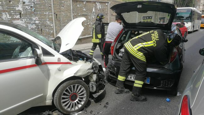 incidente-macerata3_censored-650x367