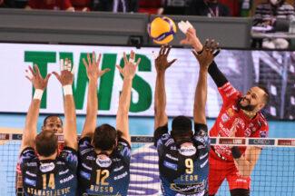 lube-volley-sir-perugia-finale-gara-4-FDM-7-325x216