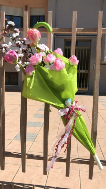 ombrelli-fioriti-potenza-picena-3-366x650