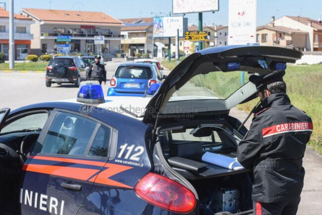 pasquetta-controlli-carabinieri-civitanova-FDM-1-650x434