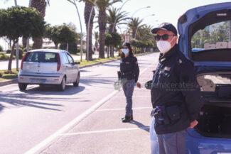 pasquetta-controlli-polizia-civitanova-FDM-1-325x217