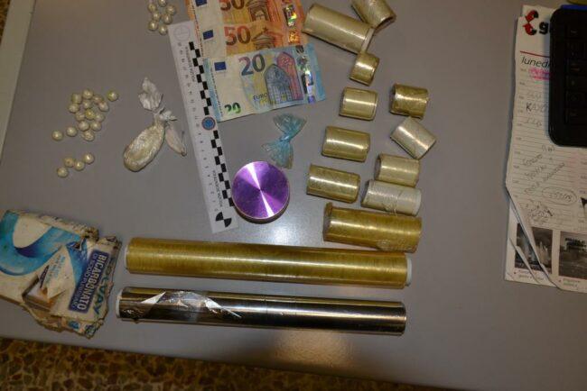 polizia-arresti-centro-eroina-3-650x434