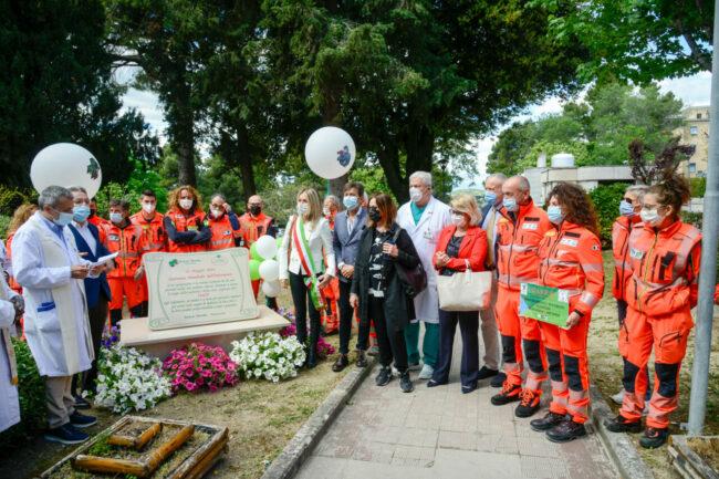 Targa Croce verde agli infermieri all'ospedale di Macerata
