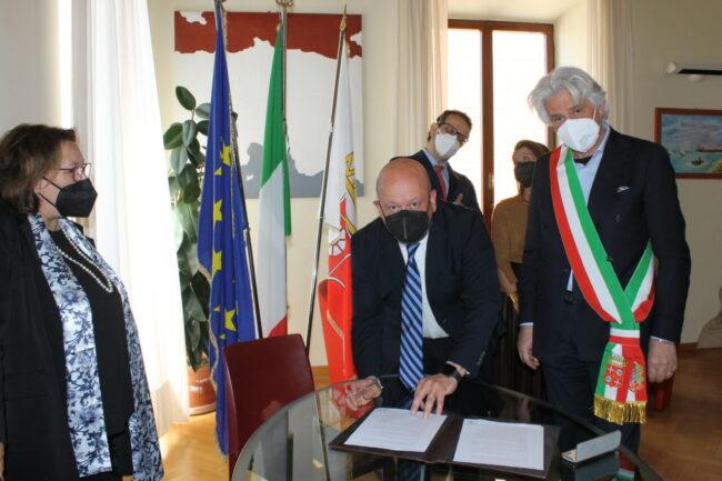 Firma-accordo-Fondazione-PMR-1-650x433
