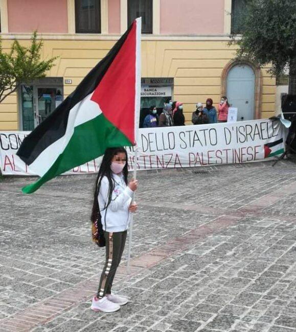 manifestazione-palestina-4_censored-e1621169532966-579x650
