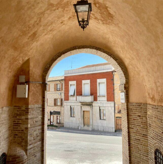 montecassiano-porta-diaz-e-piazza-caduti-del-lavoro-4-e1620729557718-643x650