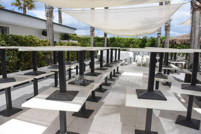 preparativi-balneari-estate-2021-ombrelloni-civitanova-9-650x434