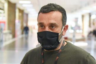 protesta-chiusura-serrande-negozi-cuore-adriatico-civitanova-FDM-12-325x217