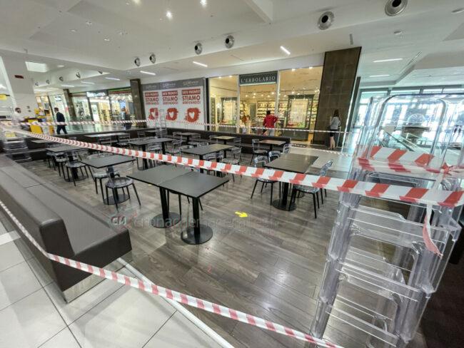 protesta-chiusura-serrande-negozi-cuore-adriatico-civitanova-FDM-14-650x488
