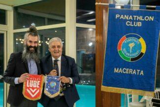 Beppe-Cormio-della-Lube-Volley-con-Michele-Spagnuolo