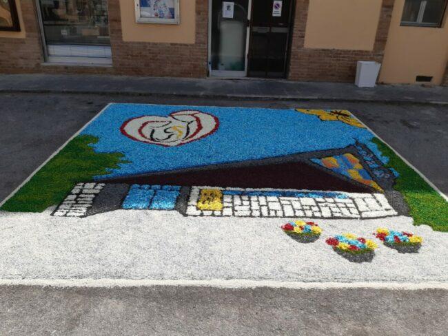 Infiorata-Castelraimondo-7-650x488