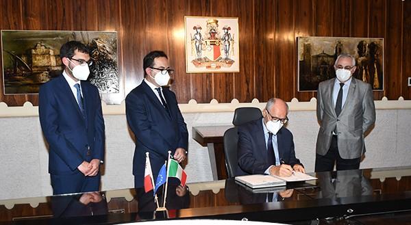 governatore-banca-centrale-Malta-Edward-Scicluna2
