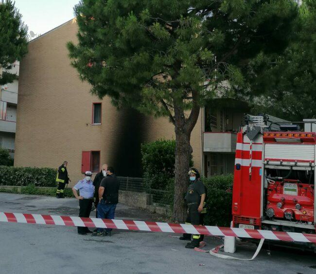 incendio-recanati6-e1623693361962-650x565