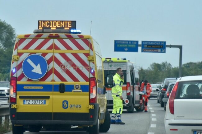 incidente-superstrada-2-650x433