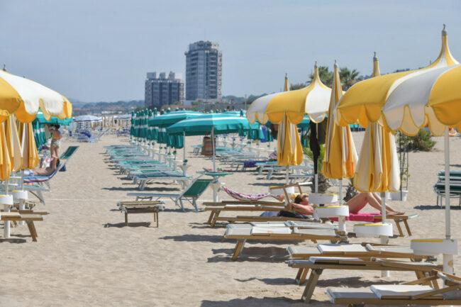 mare-spiaggia-porto-potenza-ppp-FDM-9-650x433