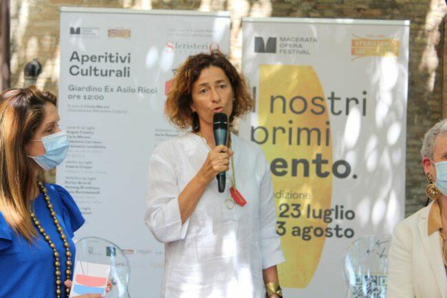 Barbara-minghetti-Aperitivi-culturali-2021-MR-650x433