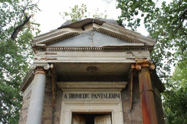 Mausoleo-Pantaleoni-16-650x433