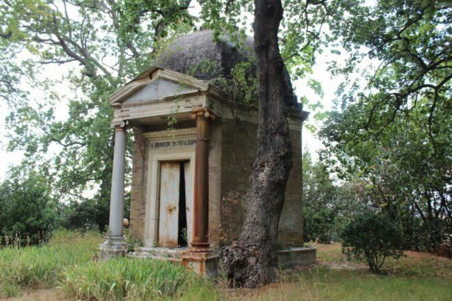 Mausoleo-Pantaleoni-19-650x433