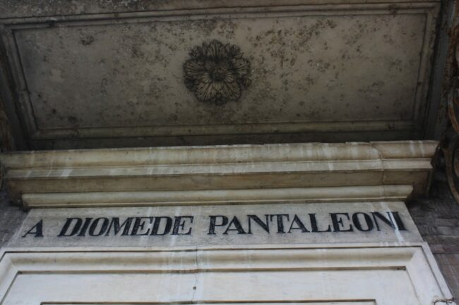 Mausoleo-Pantaleoni-4-650x433