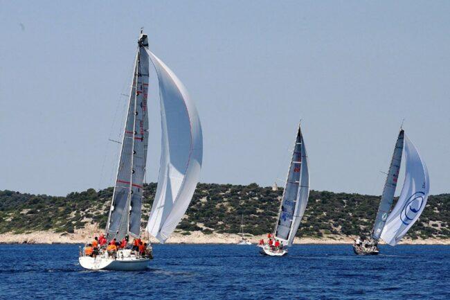 Uno-scorcio-della-regata-fra-le-isole-croate