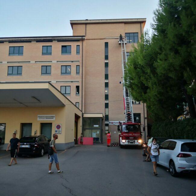cornicione-ospedale