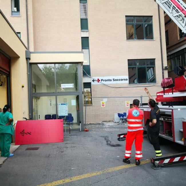 cornicione-ospedale5-650x650