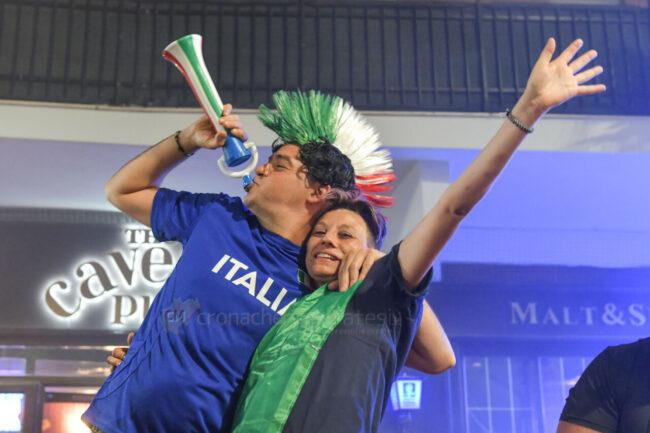 festeggiamenti-vittoria-europei-calcio-lungomare-centro-civitanova-FDM-7-650x433