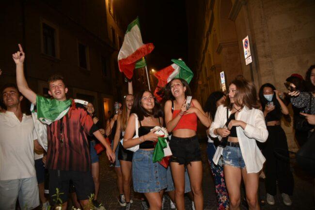 festeggiamenti_italia_europei-10-650x433