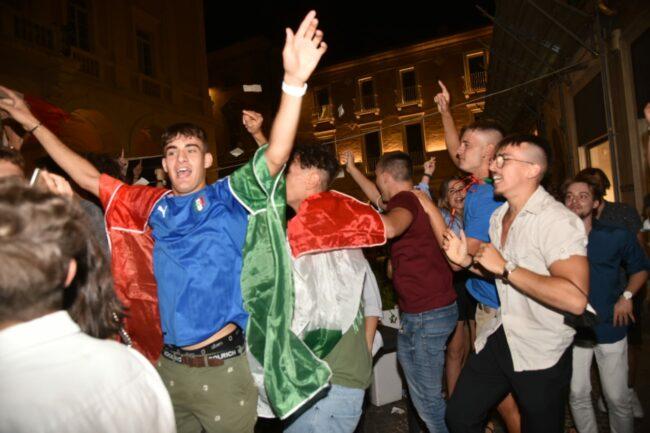 festeggiamenti_italia_europei-13-650x433