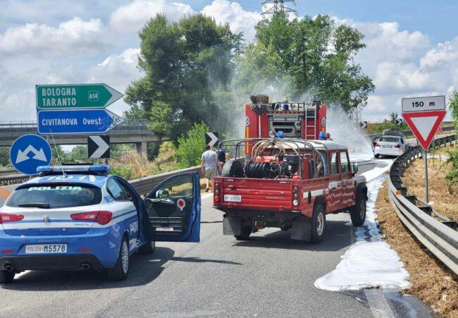 incendio-auto-superstrada3-650x451