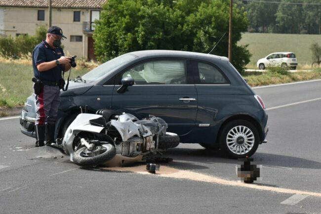 incidente-mortale-morrovalle-2-1-650x433