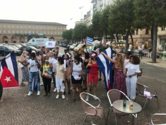 manifestazione-cubana-1-325x244